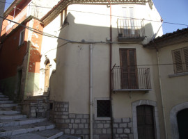 Casa nel borgo in vendita Limosano Casa Cripta
