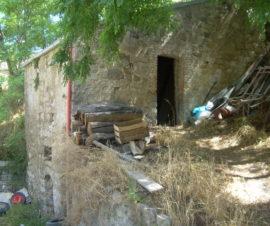 casa in pietra in vendita