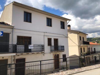 casa indipendente in vendita a Guardialfiera